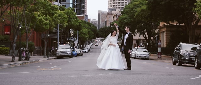 Our Lady of Victories & Victoria Park Brisbane Wedding | Anna & John